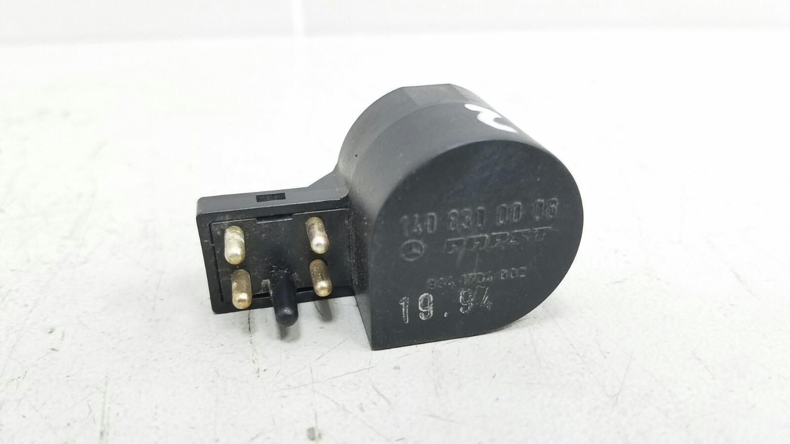 Датчик температуры кондиционера Mercedes C280 W202 M104.941 1998