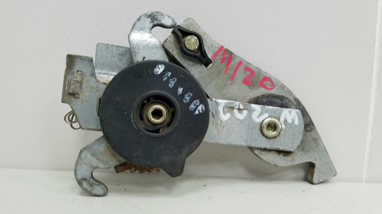 Механизм стояночного тормоза Mercedes C280 W202 M104.941 1998
