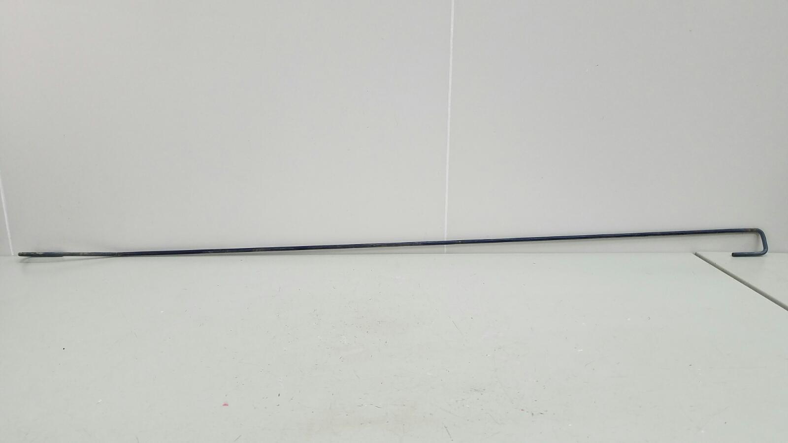 Торсион крышки багажника Mitsubishi Lancer Cedia CS2A 4G15 2002