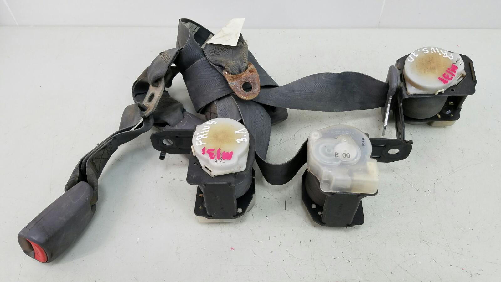 Комплект ремней безопастности Toyota Prius XW10 1NZ-FXE 1998г задний