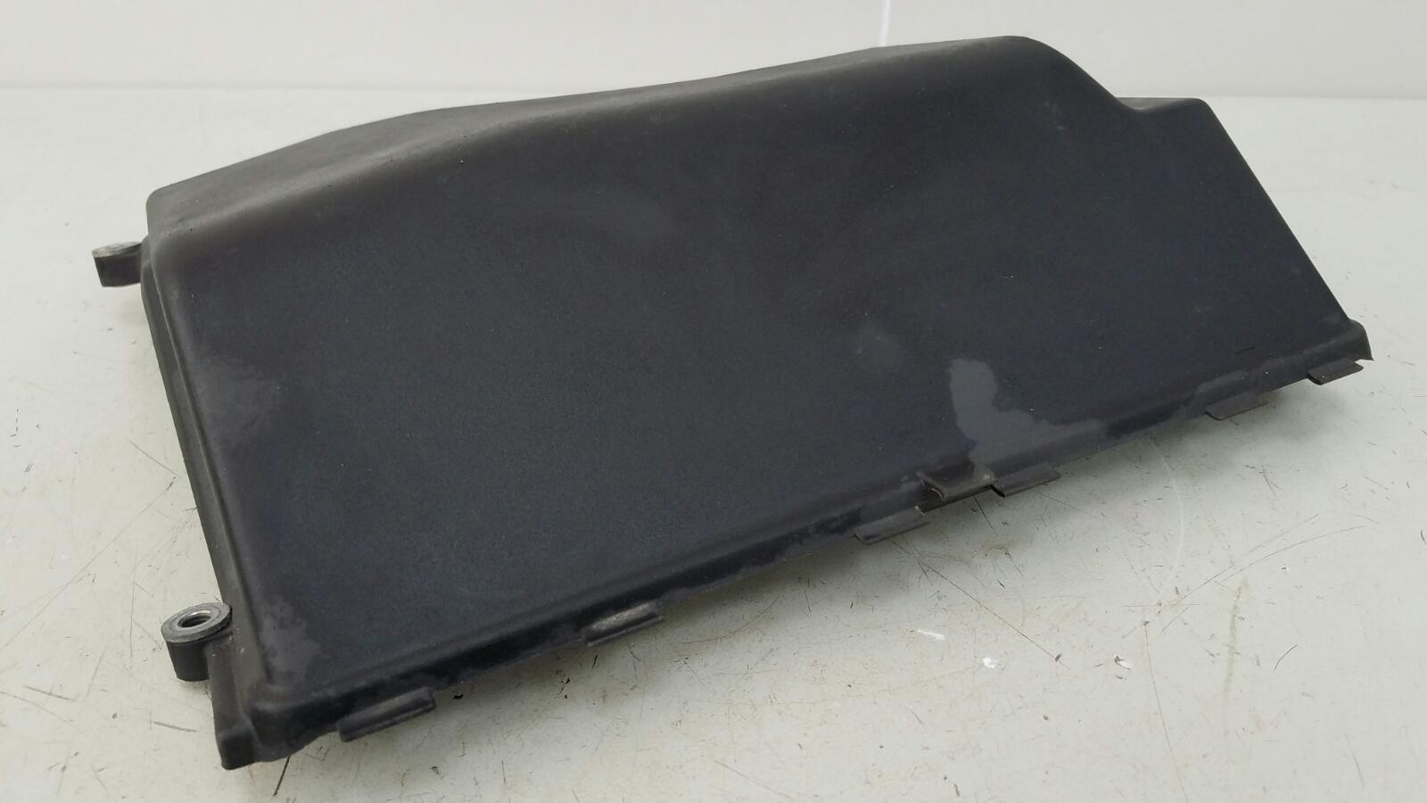 Крышка блока предохранителей Bmw 320D E46 M47 2000