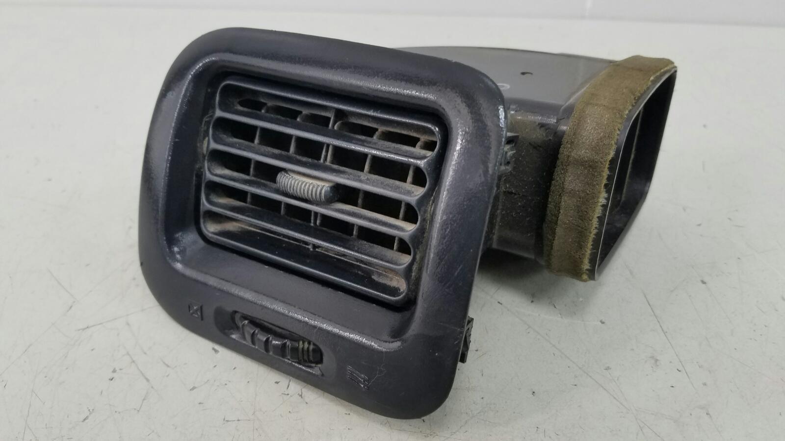 Дефлектор воздушный Toyota Caldina T210 3S-FE 2001 передний левый