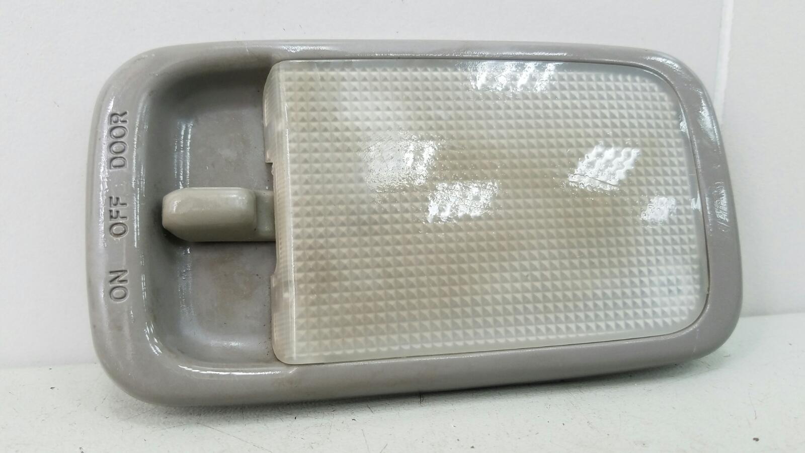 Плафон освещения Toyota Caldina T210 3S-FE 2001