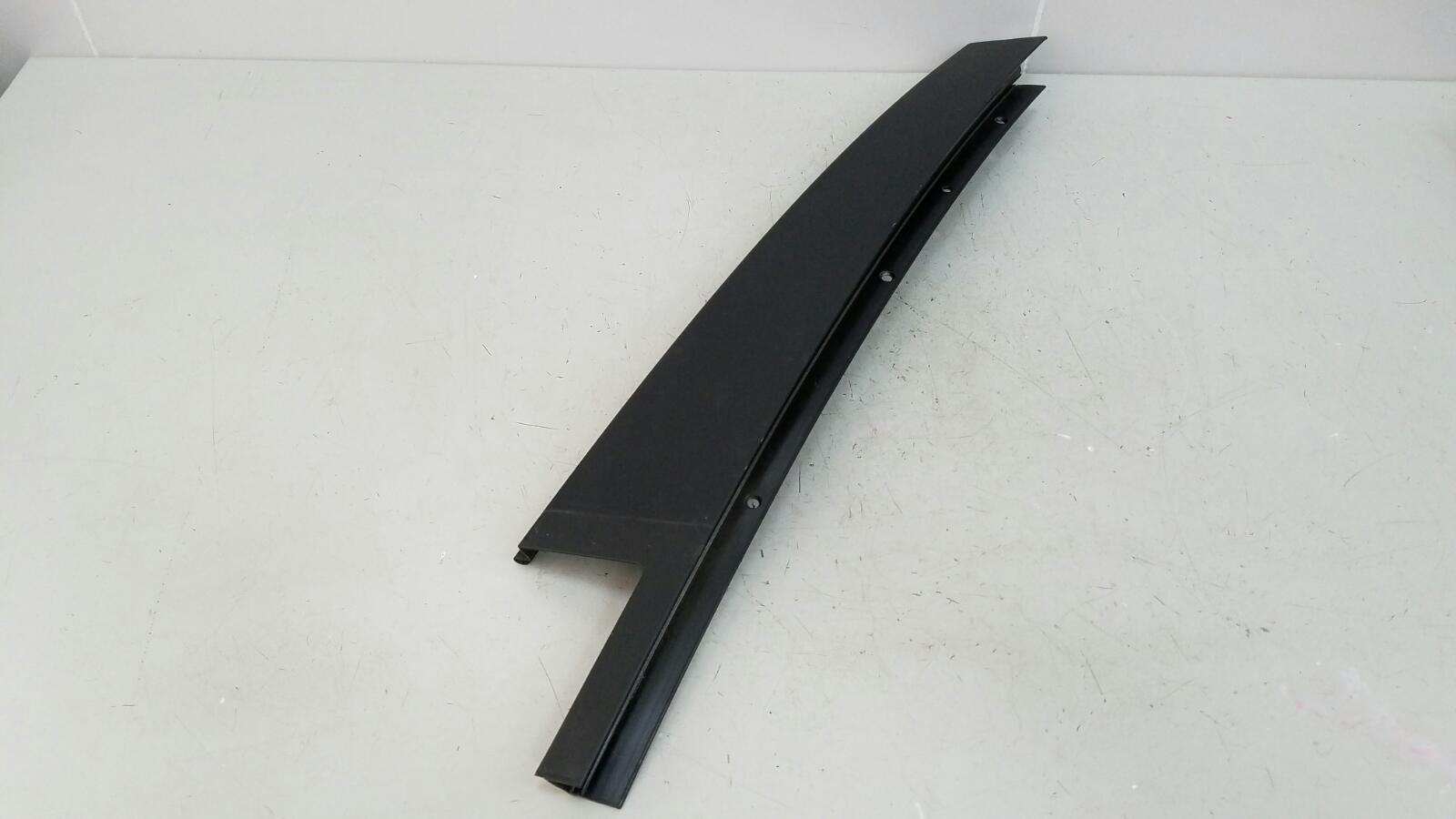 Обшивка стойки Bmw 320D E46 M47 2000 задняя левая