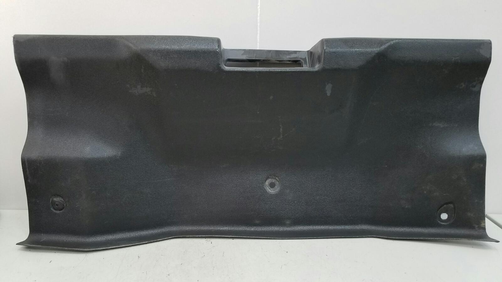 Накладка замка багажника Rover 200 RF 14K4F 1999