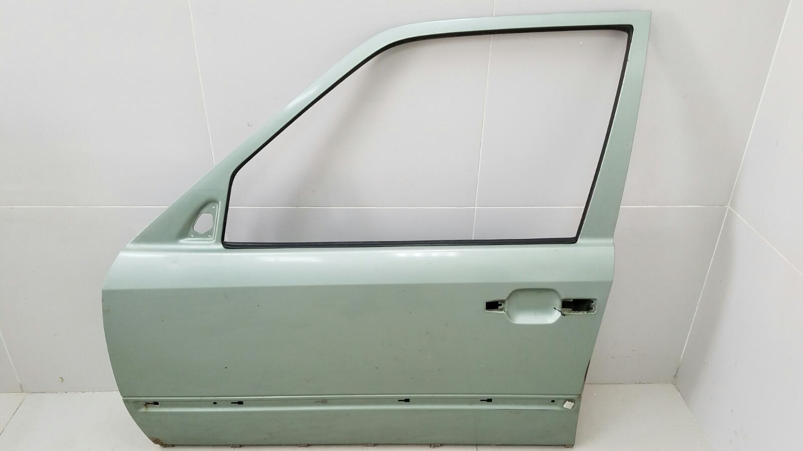 Дверь Mercedes E200 W124 M102.922 1988 передняя левая