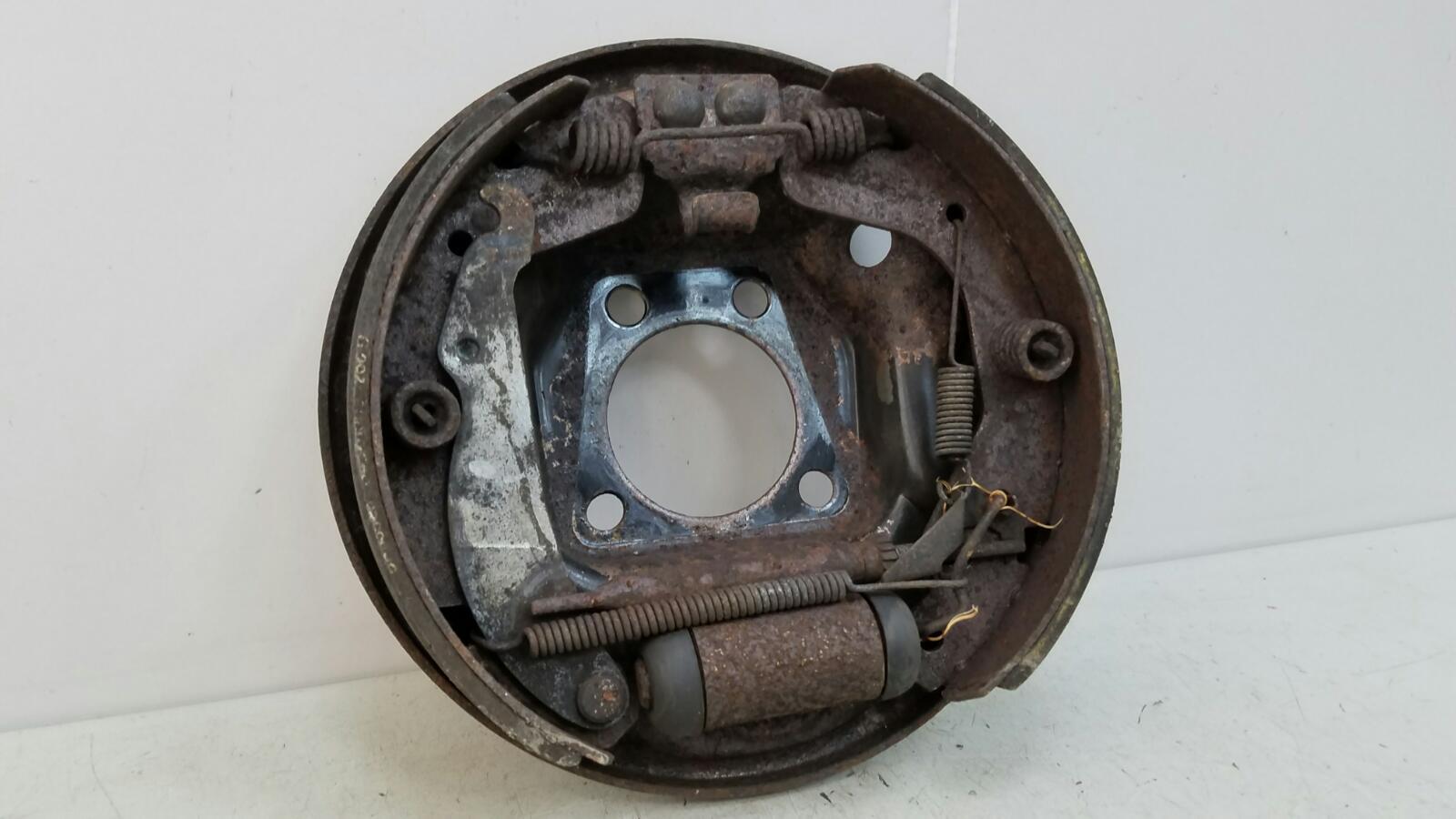 Механизм развода колодок ручника Daewoo Nexia N150 A15SMS 1.5Л SOHC 2008 задний левый