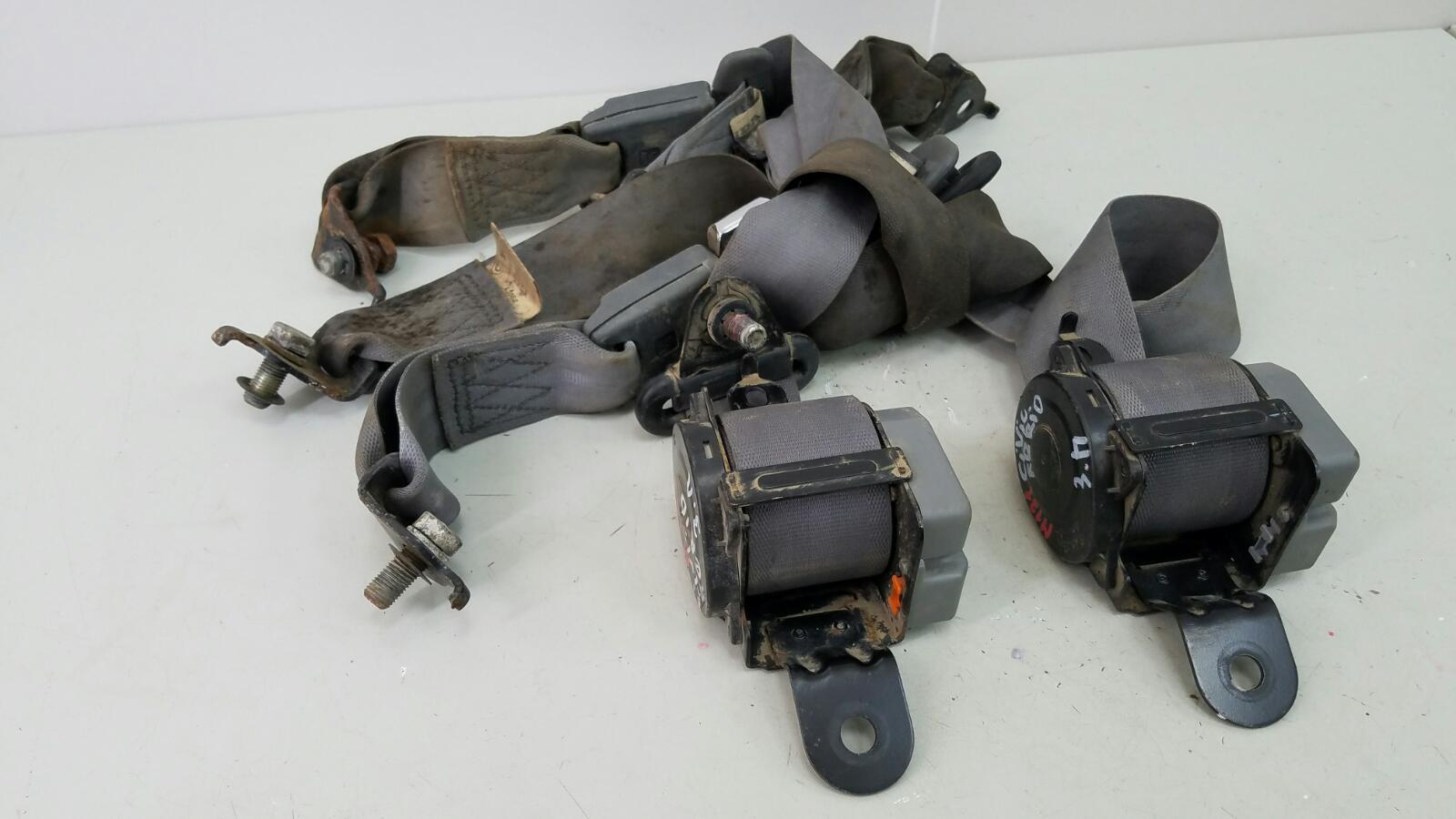 Комплект ремней безопастности Honda Civic Ferio EG8 D15B 1.6Л 1992 задний