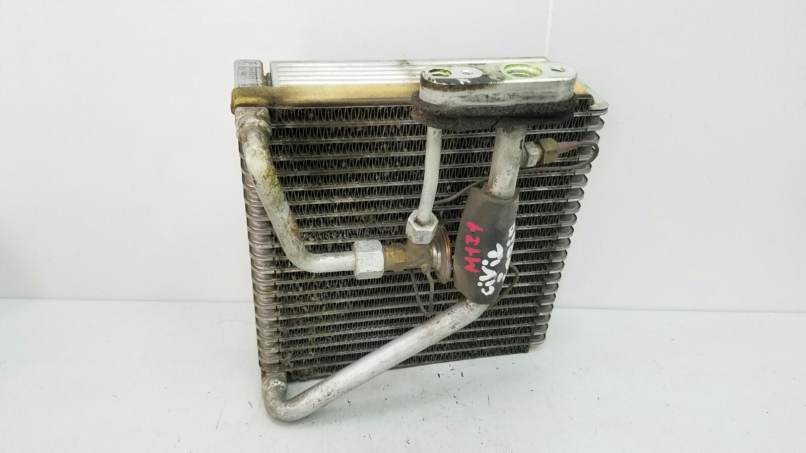 Испаритель кондиционера Honda Civic Ferio EG8 D15B 1.6Л 1992
