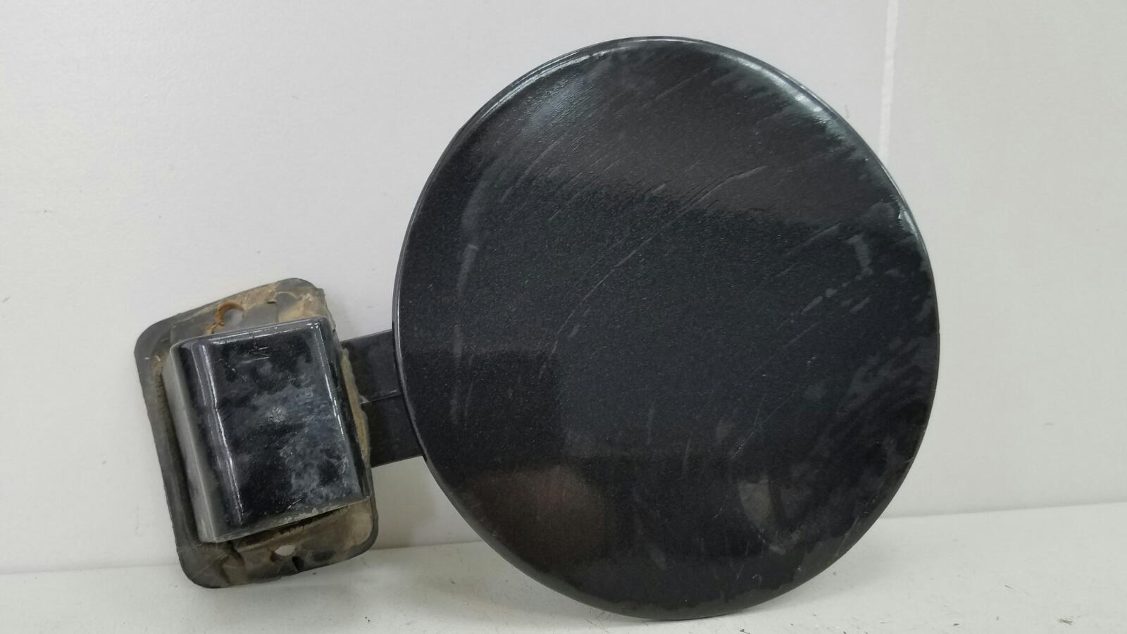 Лючок топливного бака Daewoo Nexia N150 A15SMS 1.5Л SOHC 2008