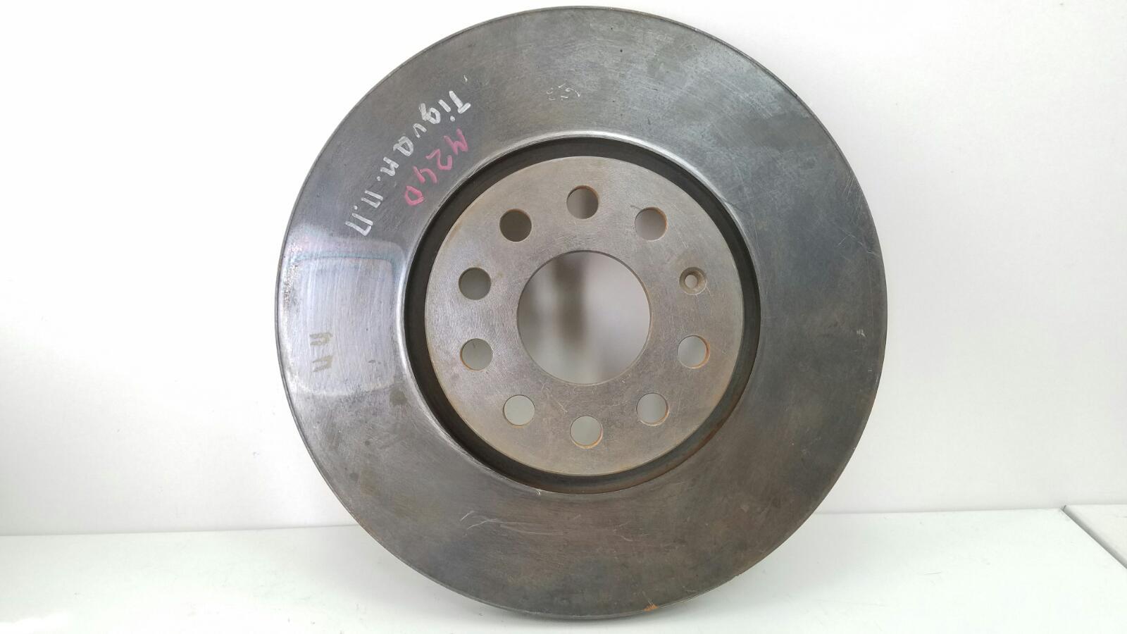 Тормозной диск Volkswagen Tiguan 5N1 CAWA 2.0Л TSI 4MOTION 2013 передний правый