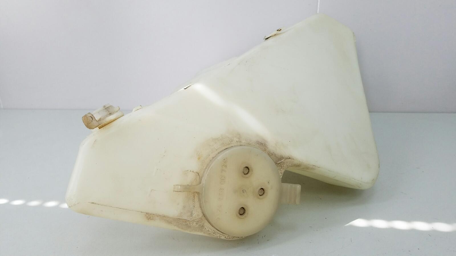 Бачок омывателя Mercedes A140 W168 M166.940 1.4Л 1999г
