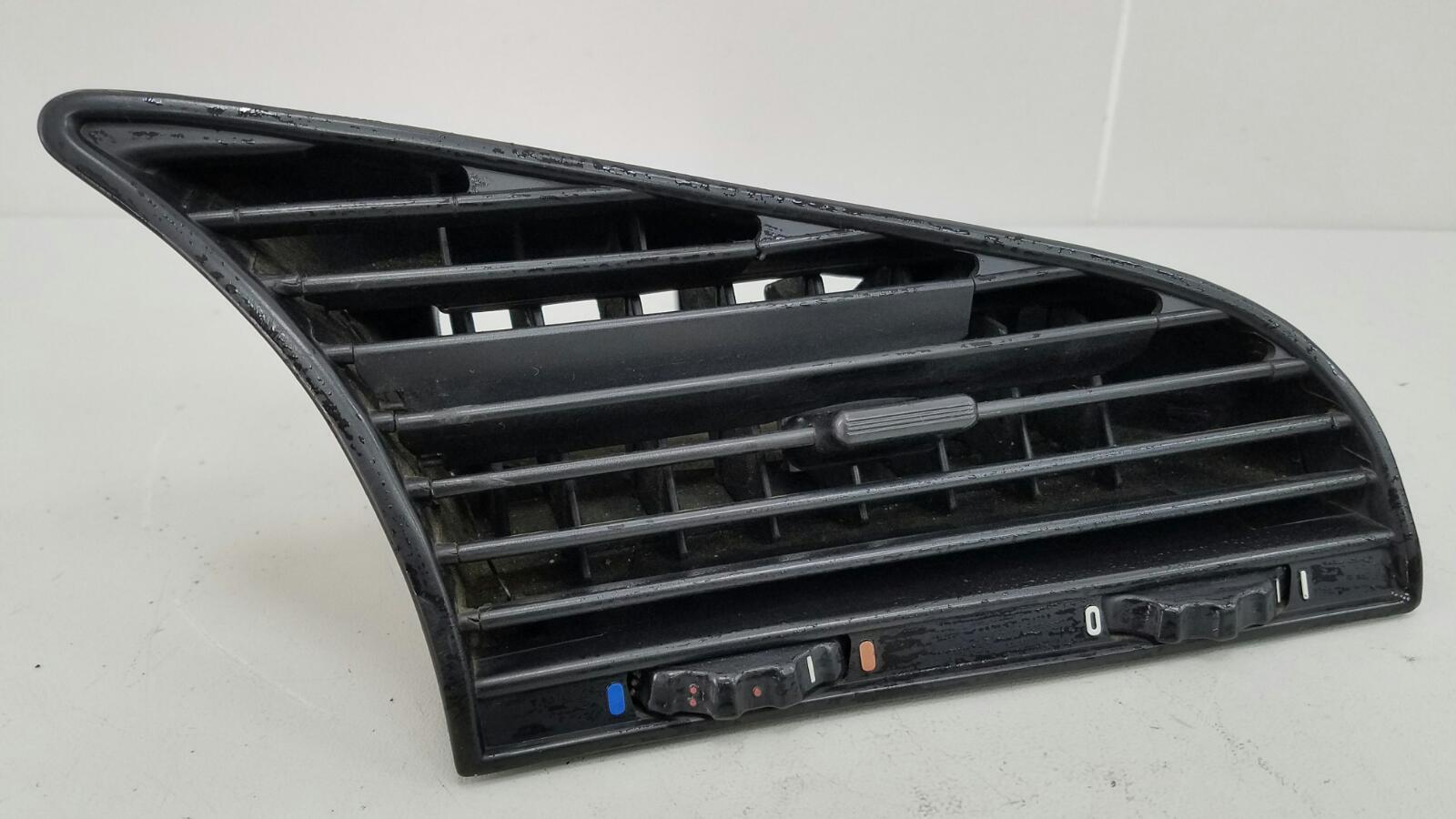 Дефлектор воздушный Bmw 316I E36 M43 B16 1.6Л 1998