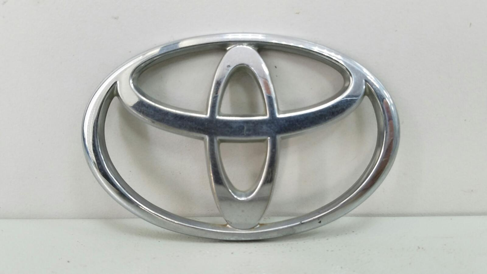 Эмблема Toyota Prius XW10 1NZ-FXE 1998г