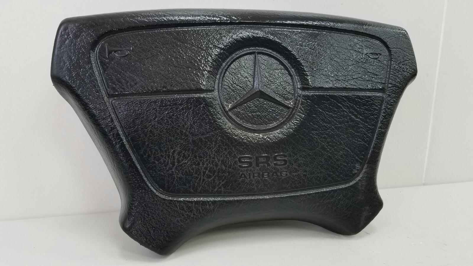 Подушка безопасности водителя Mercedes E230 W210 M111.970 1995