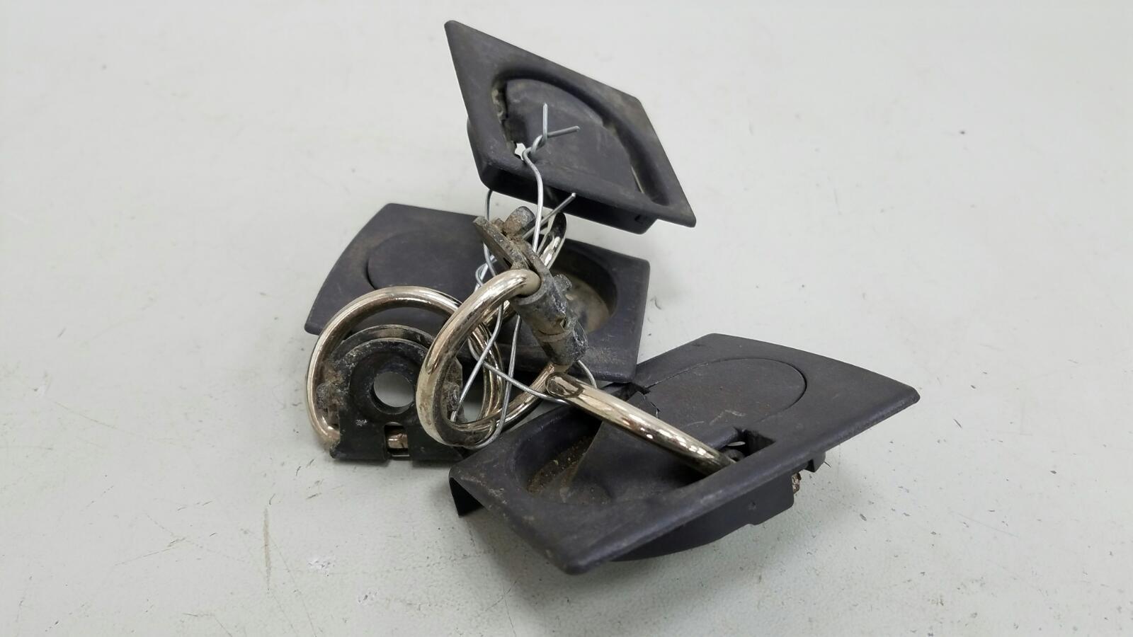 Кронштейн крепления груза Mercedes A140 W168 M166.940 1.4Л 1999г