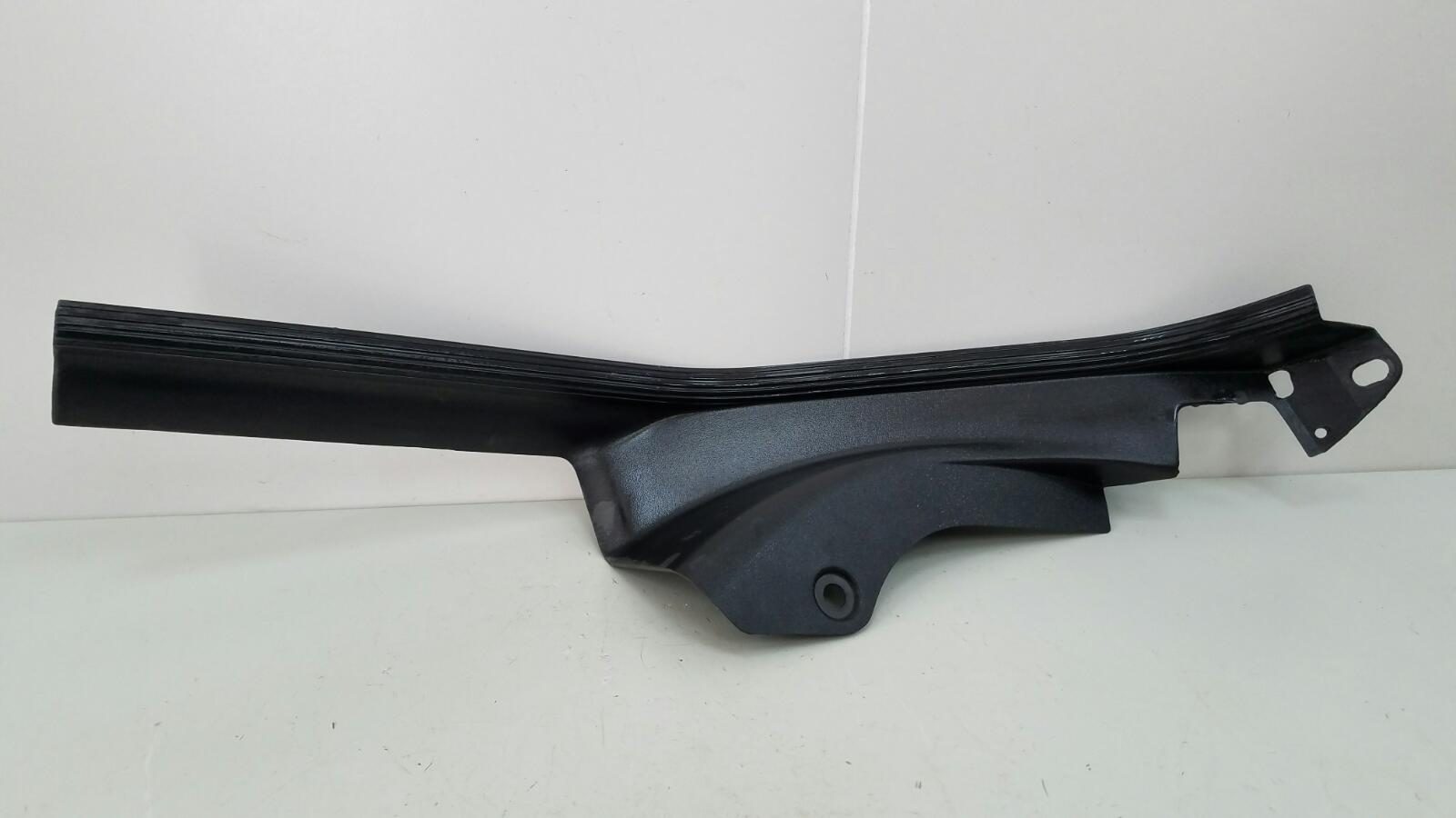 Накладка порога внутренняя Bmw 316I E36 M43 B16 1.6Л 1998 задняя правая