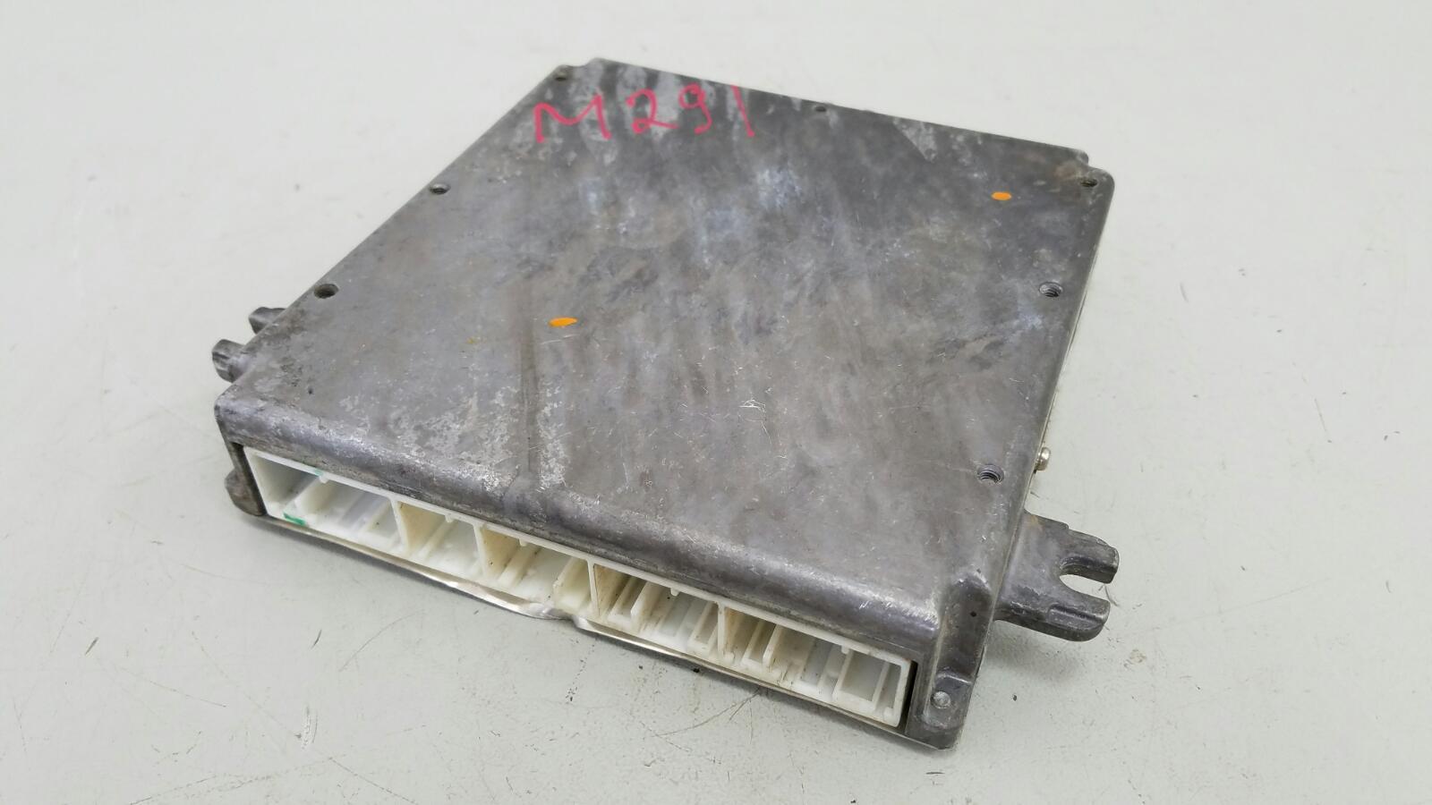 Блок управления двигателем двс эбу Honda Fit GD3 L15A 1.5Л 2001