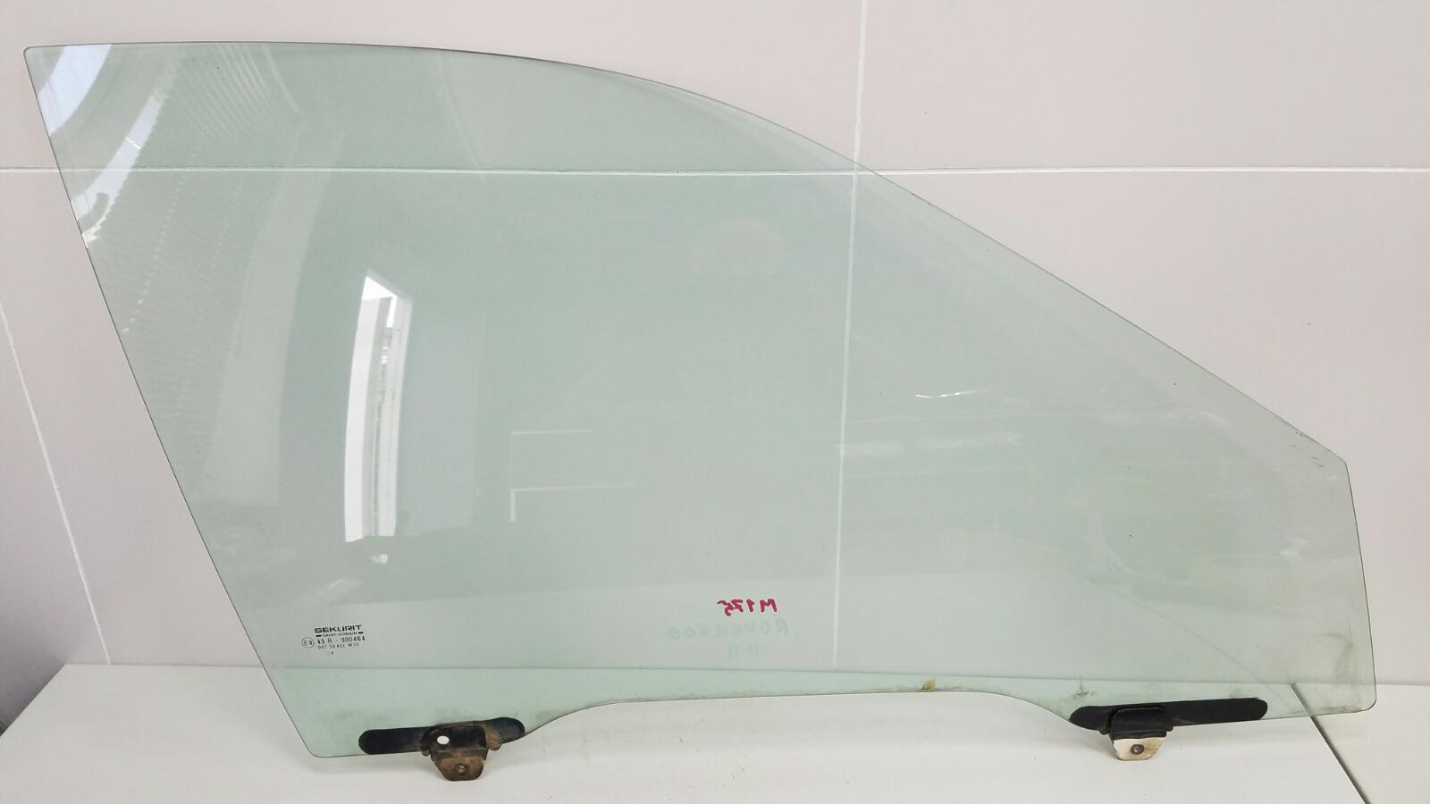 Стекло двери Rover 600 RH H23A3 1997 переднее правое