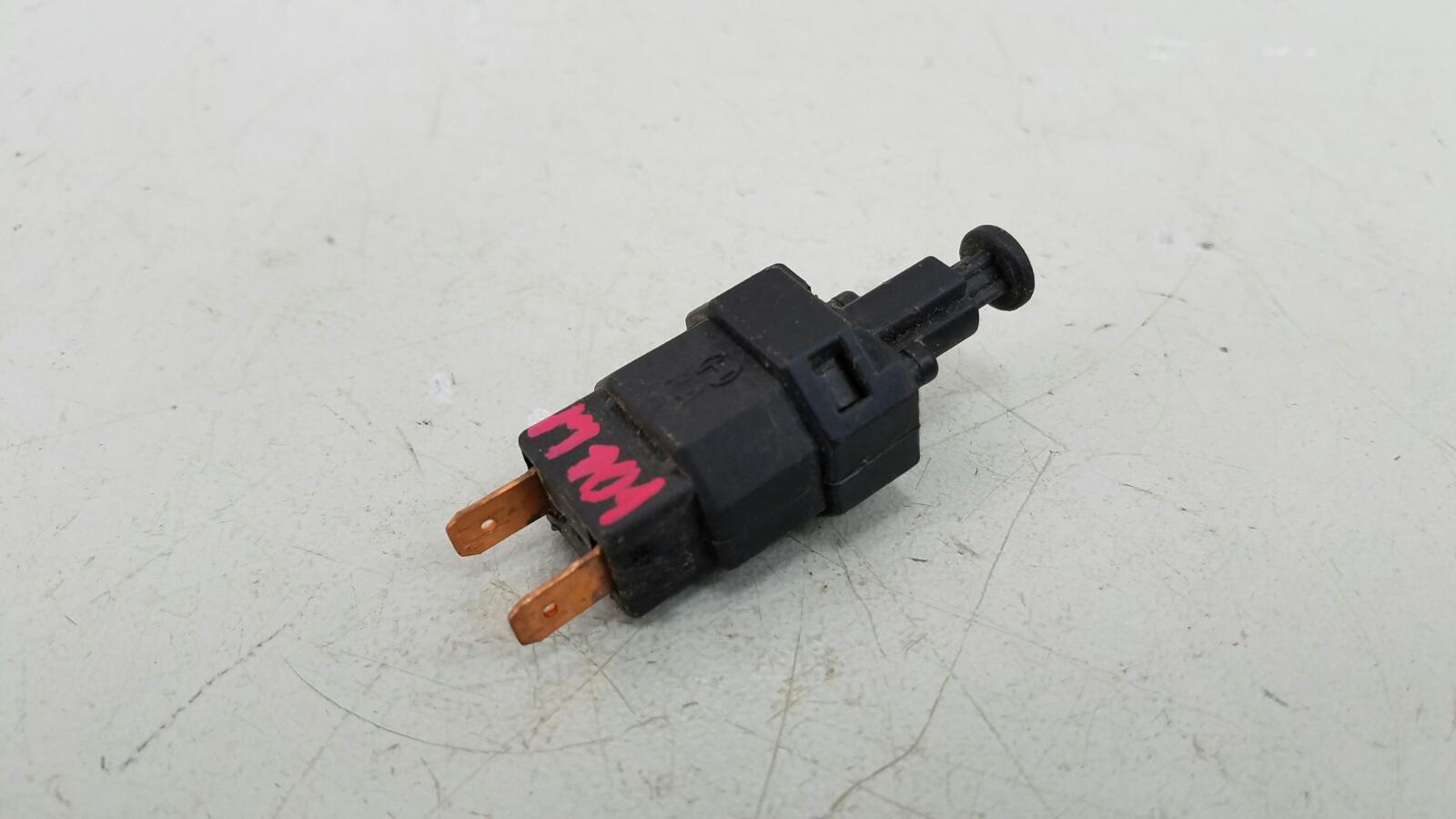 Выключатель стоп сигнала лягушка заднего тормоза Daewoo Espero C20LE 1998