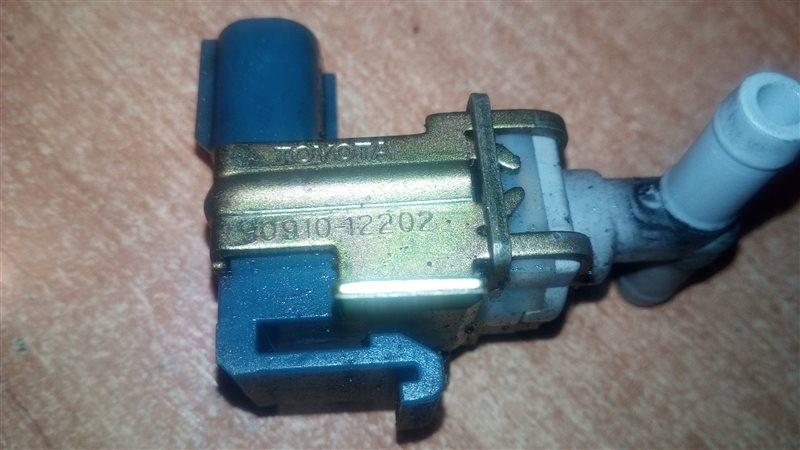 Клапан вакуумный Toyota Echo Verso 1NZFE