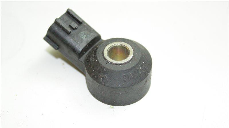 Датчик детонации Nissan Cefiro VQ25DD