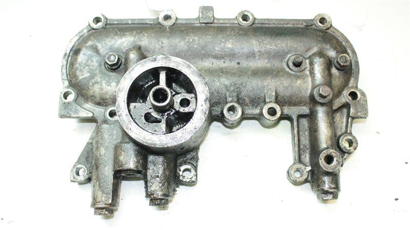 Крепление масляного фильтра Toyota Hilux 2LT 1985