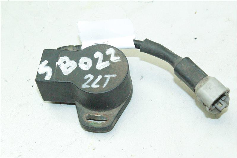 Датчик положения дроссельной заслонки Toyota Mark Ii LX80 2LT