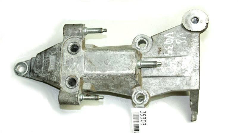 Кронштейн опоры двигателя Nissan Murano Z51R VQ35DE