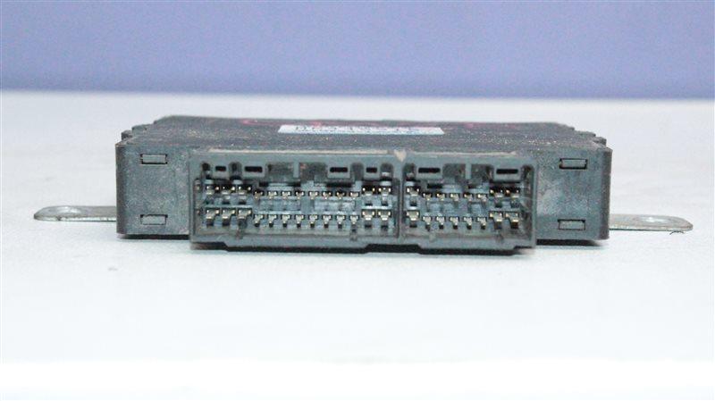 Блок управления Mitsubishi Mirage