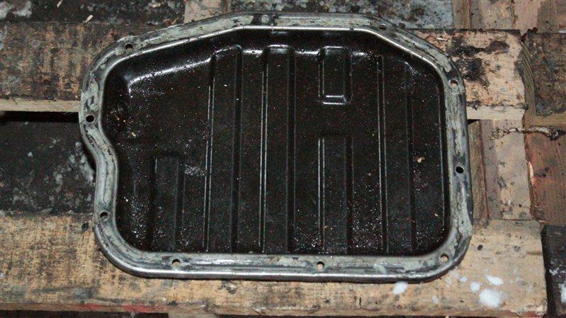 Поддон двигателя Nissan Avenir QR20DE