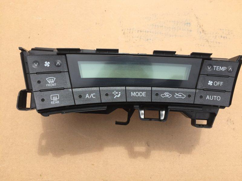 Блок климат-контроля Toyota Prius ZVW30 2ZR-FXE 2009
