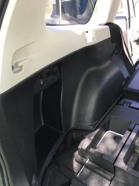 Обшивка багажника Subaru Forester SH5 EJ205 2008