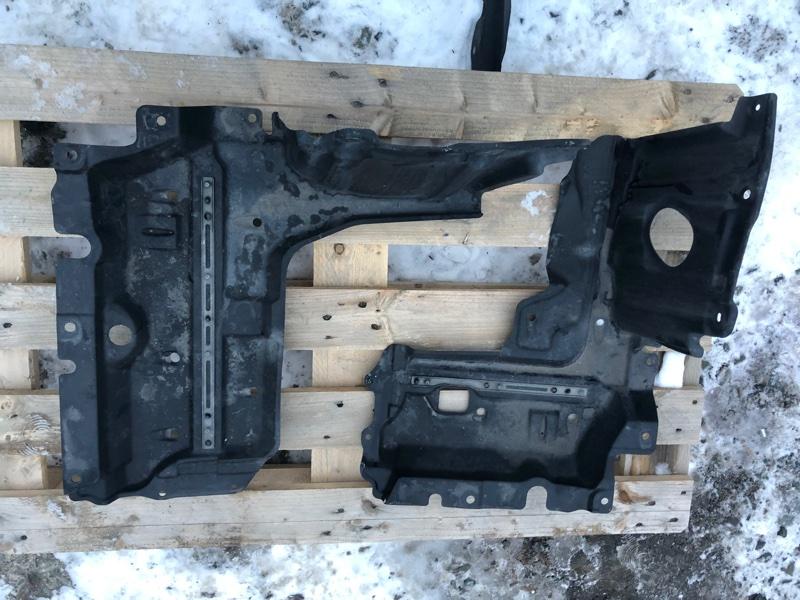 Защита двс Toyota Noah ZWR80 2ZR-FXE 2014 правая