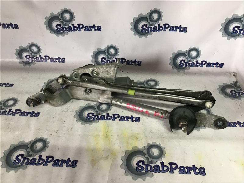 Механизм дворников Toyota Aqua NHP10 1NZFXE 2012 передний