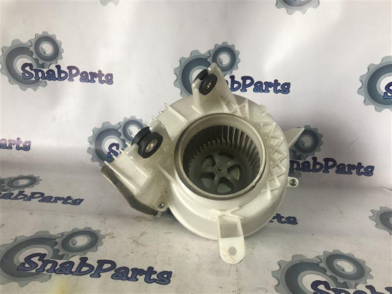 Мотор охлаждения батареи Toyota Prius ZVW30 2ZR-FXE 2010