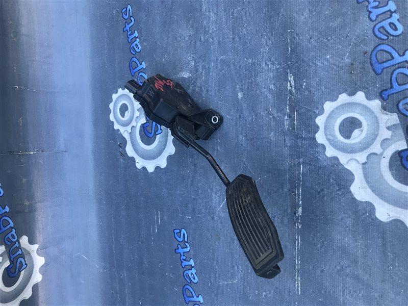 Педаль газа Toyota Prius ZVW30 2ZR-FXE 2010