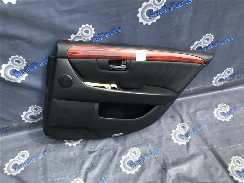 Обшивка дверей Toyota Celsior UCF31 3UZ-FE 2004 задняя правая