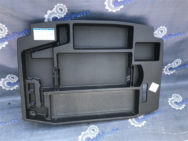 Пол багажника пластик Toyota Celsior UCF31 3UZ-FE 2004