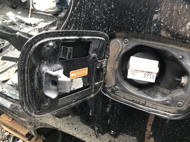 Лючок бензобака Toyota Celsior UCF31 3UZ-FE 2004