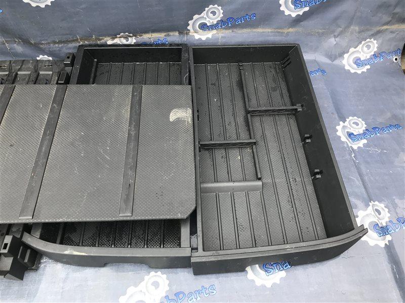 Ящик в багажник Nissan X-Trail TNT31 QR25DE 2008