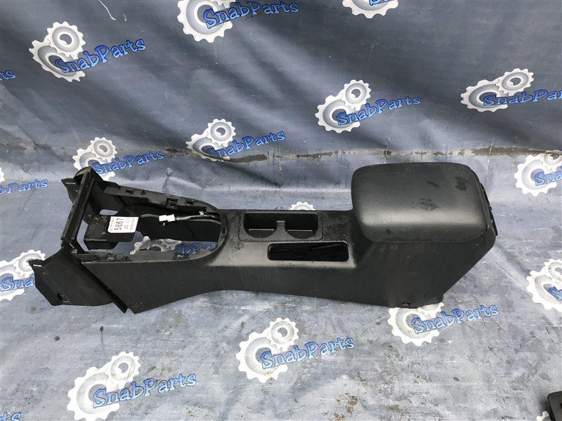 Бардачок между сиденьями Nissan X-Trail TNT31 QR25DE 2008