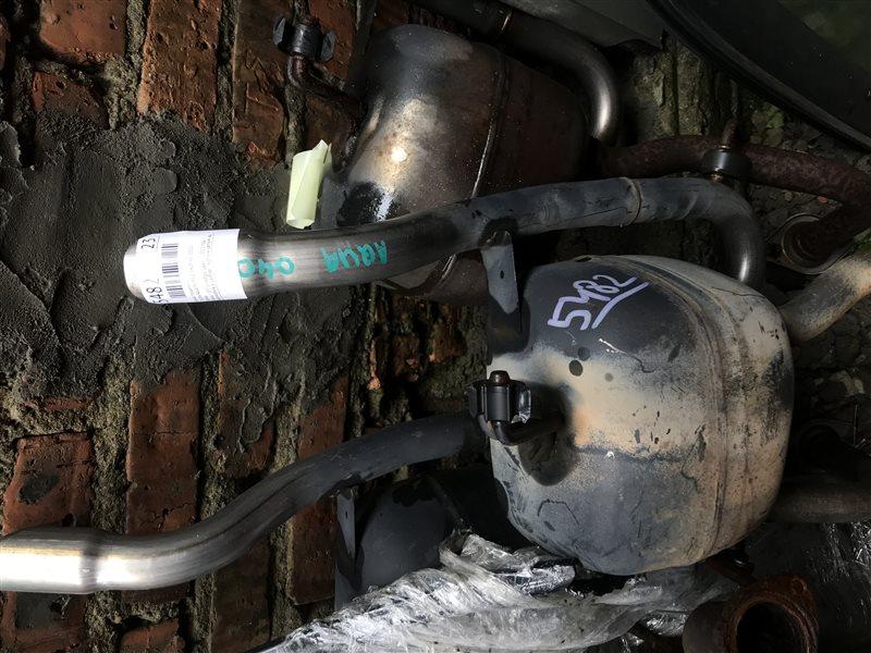 Бочка глушителя Toyota Aqua NHP10 1NZFXE 2012