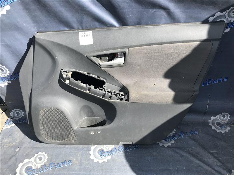 Обшивка дверей Toyota Prius ZVW30 2ZR-FXE 2010 передняя правая