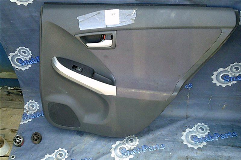 Обшивка дверей Toyota Prius ZVW30 2ZR-FXE 2010 задняя правая