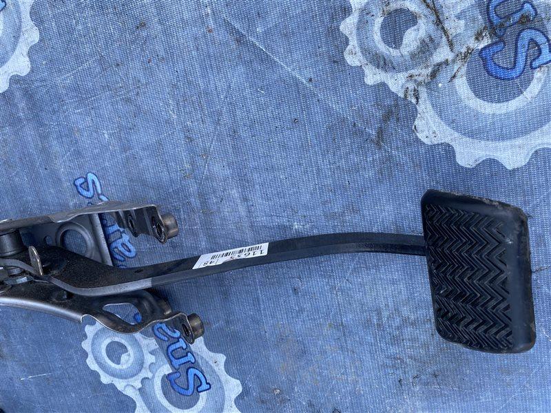 Педаль тормоза Toyota Premio ZRT265 2ZR-FE 2008