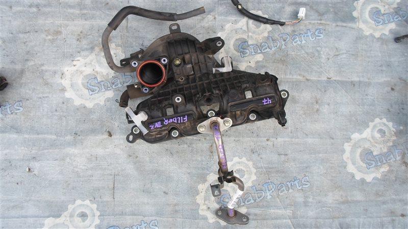 Коллектор впускной Toyota Fielder NKE165G 1NZ-FXE 2014