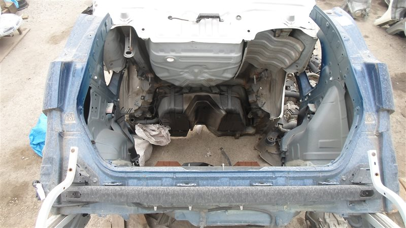 Rear-cut Nissan X-Trail TNT31 QR25DE 2008