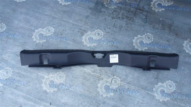 Накладка замка багажника Honda Cr-V RE4 K24 2008