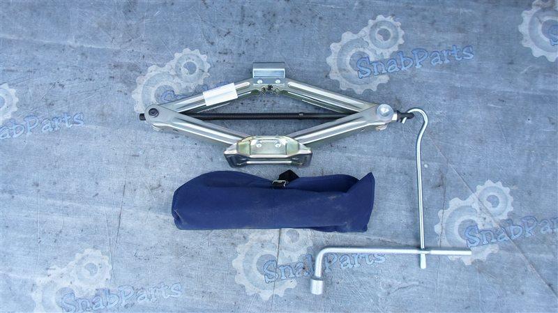 Домкрат Honda Cr-V RE4 K24 2008
